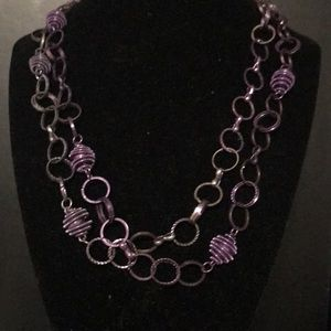 Jewelry - Purple bead necklace